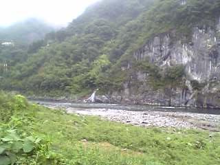 球泉洞、地底の川は球磨川へ注ぐ