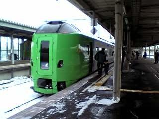 函館駅のスーパー白鳥