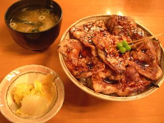 ぶた八の豚丼、三朗
